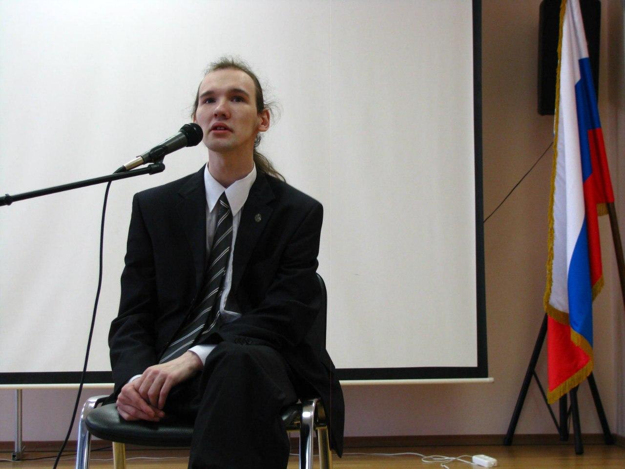 Школа-центр Динамика. поэт Александр Меркушев
